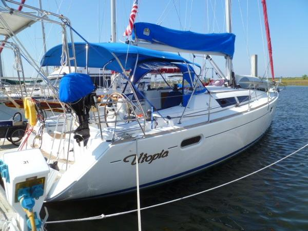 Jeanneau Sun Odyssey  39i Starboard View
