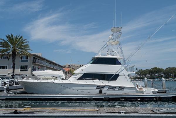 Hatteras Sportfish 65' Hatteras Enclosed Bridge Sportfisher
