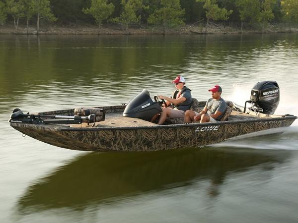 Lowe Boats Stinger 175 Poly Camo