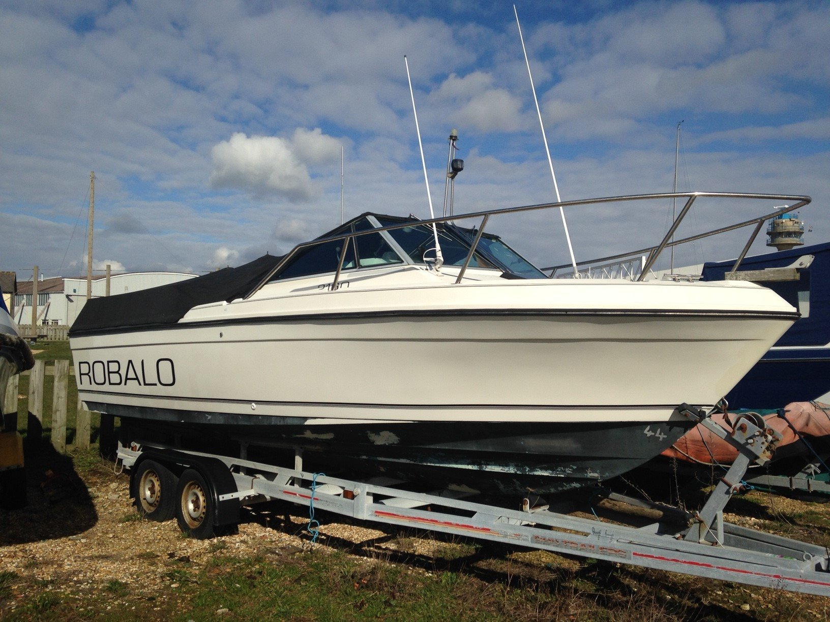 Used robalo sports fishing boats for sale for Used sport fishing boats for sale