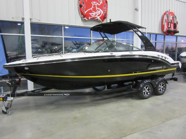 Chaparral 227 SSX IN OUR SHOWROOM