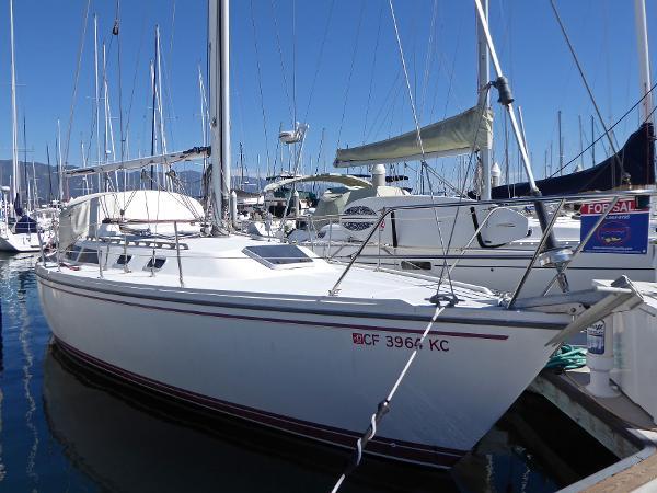 Catalina MK 1.5 Tall Rig Dockside