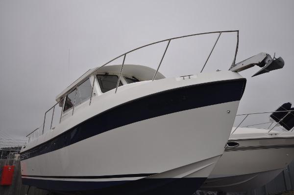 Osprey Pilothouse  Long Cabin 28