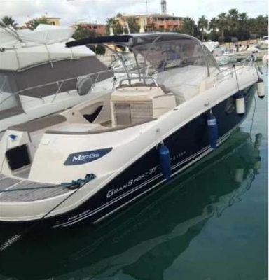 Mano Marine 37 GrandSport