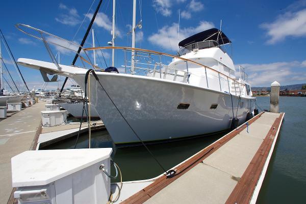 Hatteras Long Range Cruiser Bow Portside