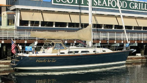 Sabre 386 At the dock
