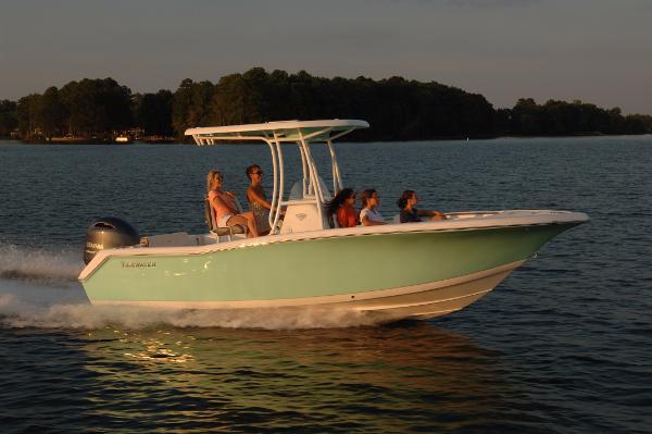 Tidewater Boats 220 CC