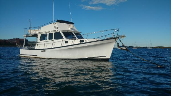Eastern Boats Casco Bay FB Stbd Mooring
