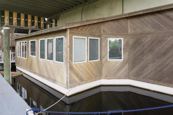 Houseboat 57' Custom Houseboat