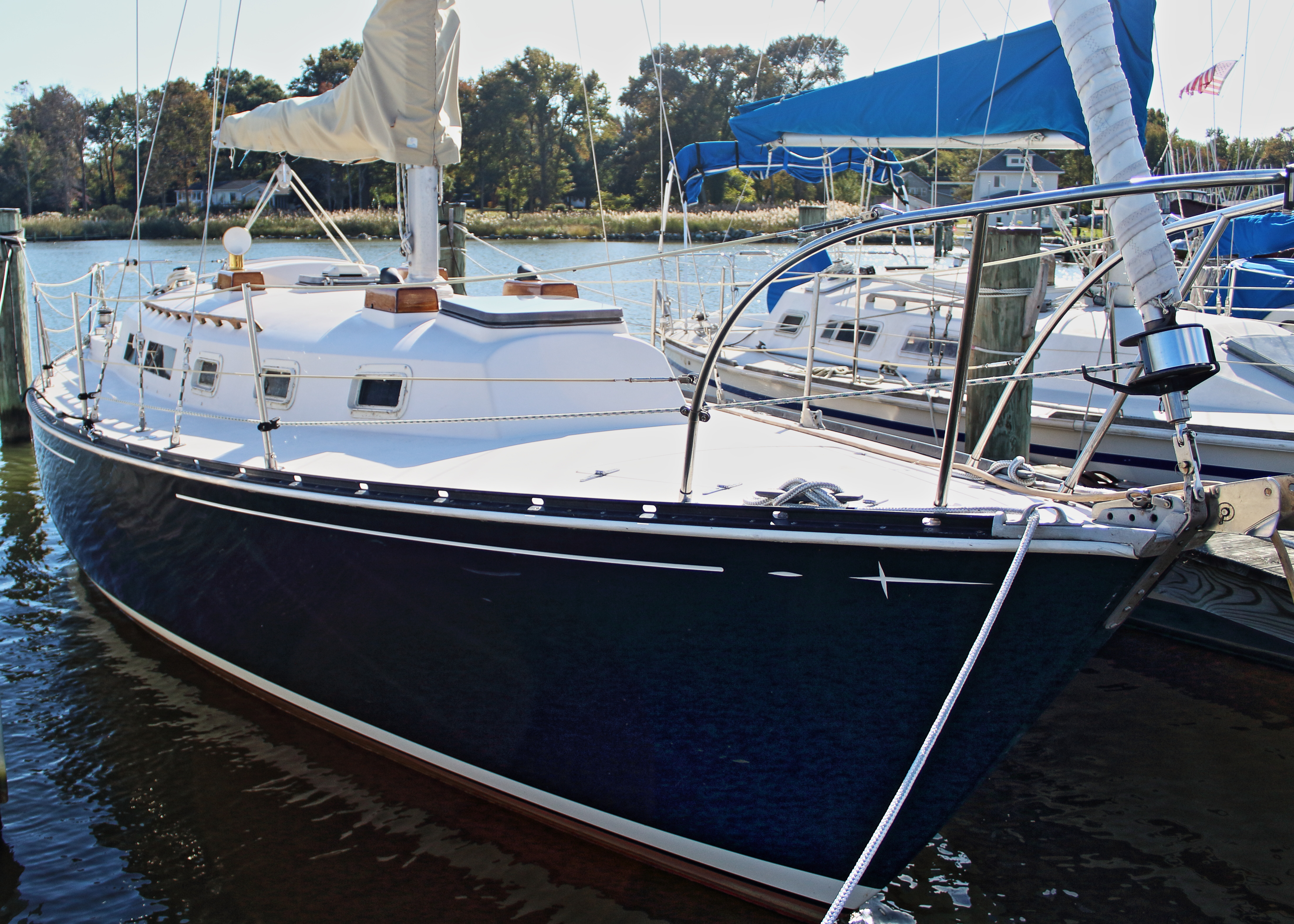 Ontario Yachts 32