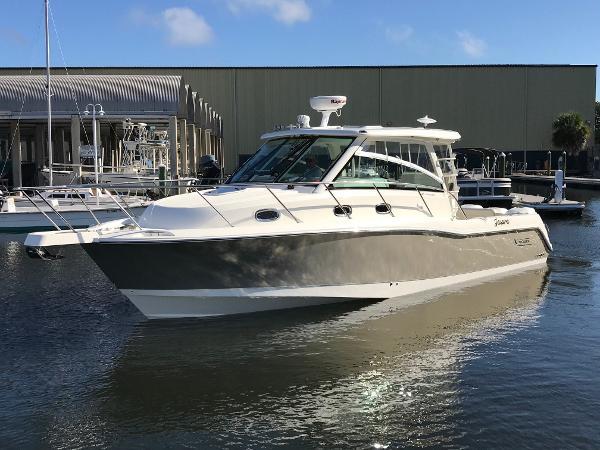 Boston Whaler 345 Conquest Port Bow Profile