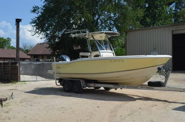 Scout Boats 235 Sportfish