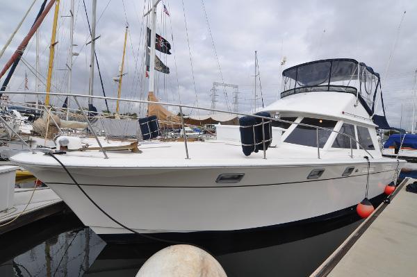 American Marine Laguna 11.5 Sport Cruiser