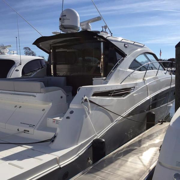 Sea Ray 510 Sundancer Signature