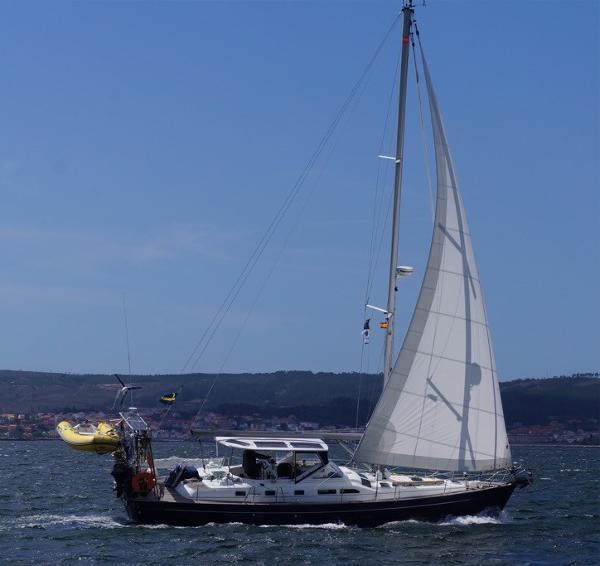 Beneteau Oceanis 42 CC Clipper Beneteau Oceanis Clipper 42 CC (2004) - 'Tango'
