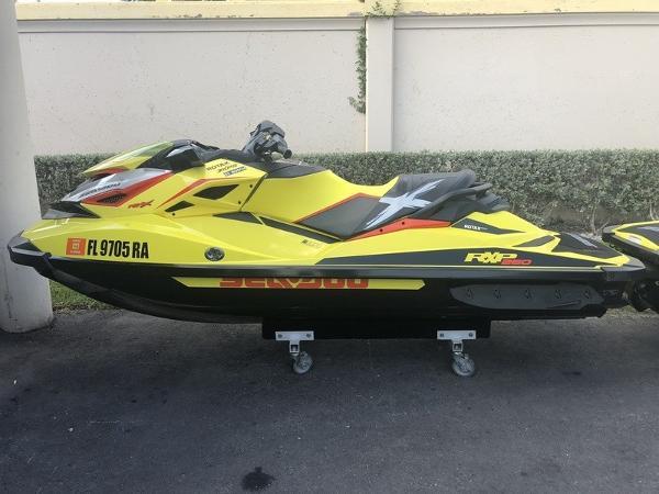 Sea-Doo RXP-X 260