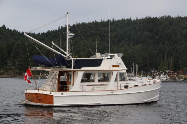 "Grand Banks Europa ""Grand Lady"""