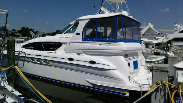 Sea Ray 480 Motor  Yacht