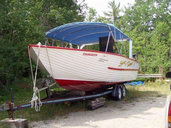 Henley Aluminum Fishing Charter Boat Photo 1