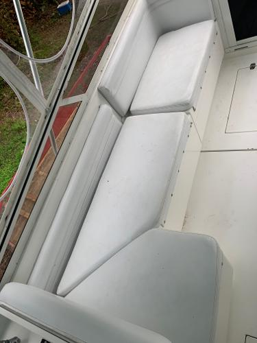 Contender 35 Side Console