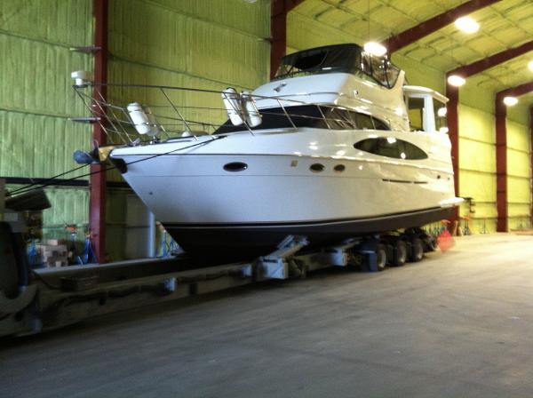 Carver 506 Motor Yacht Indoor Winter Storage
