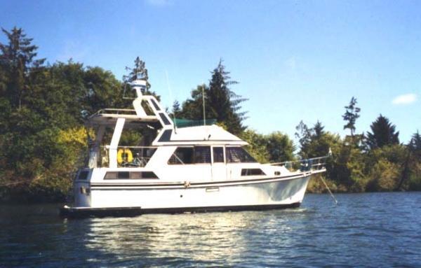 Golden Star/Nova Trawler Sundeck Motoryacht