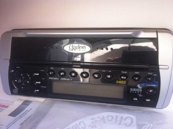 AM/FM/CD/Sirius