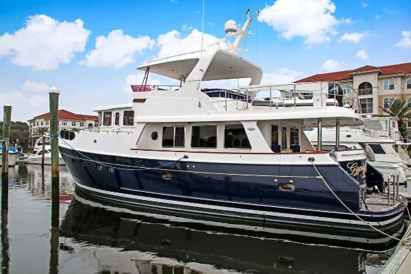 Selene 60 Ocean Trawler Profile