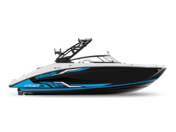 Yamaha Boats 252XE