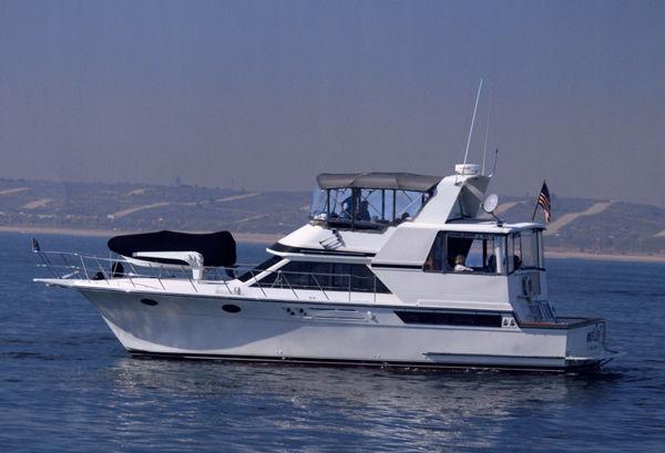 Yacht Sales: Heritage Yacht Sales