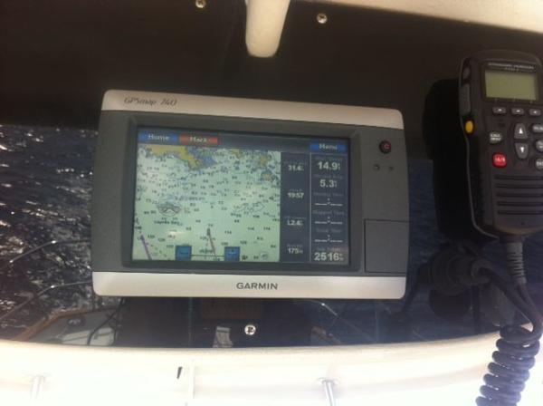 Garmin GPS w/AIS