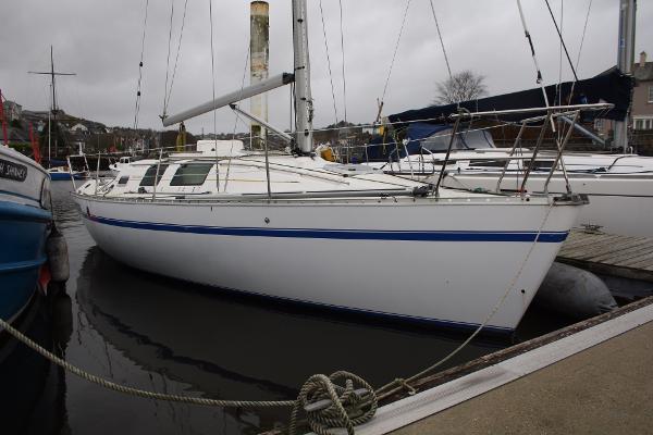 Beneteau First 32.5 Beneteau First 32S5