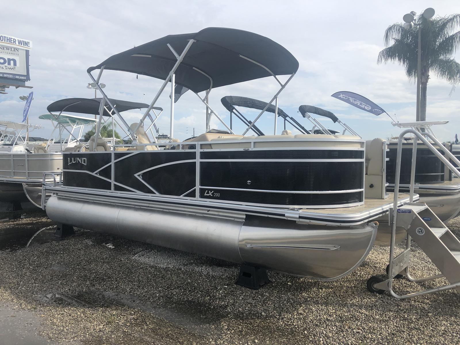 Lund LX200 Fish and Cruise