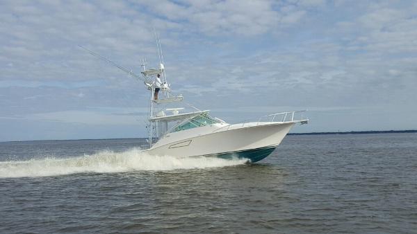 Cabo yachts 40 EXPRESS