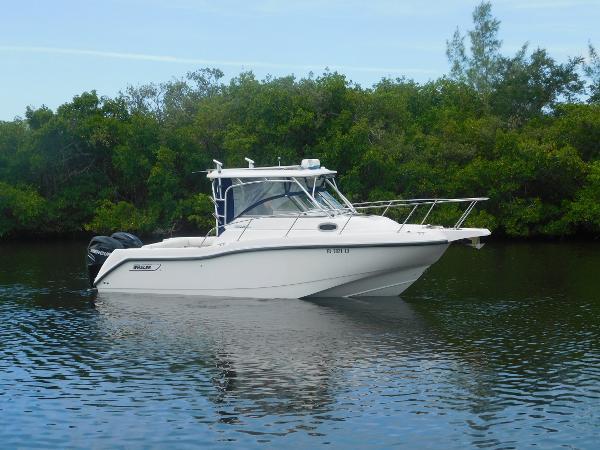 Boston Whaler 255