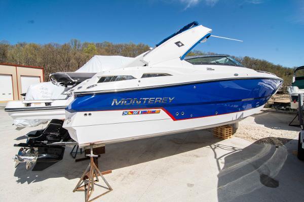 Monterey 328 SS