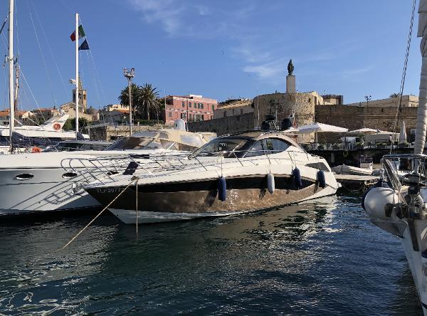 Galeon 385 HTS Galeon-385-HTS-Seven Yachts