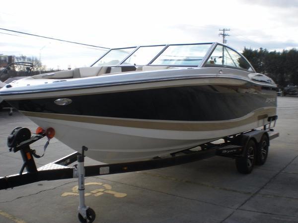 Bryant Boats Calandra