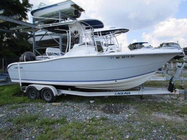 Laguna 240 CC