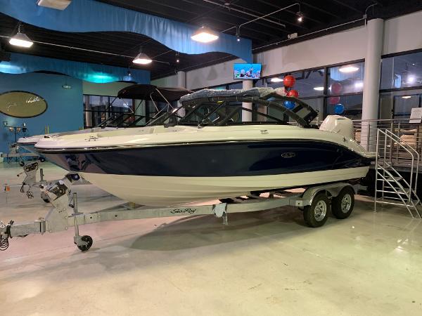 Sea Ray SPX 210 OB