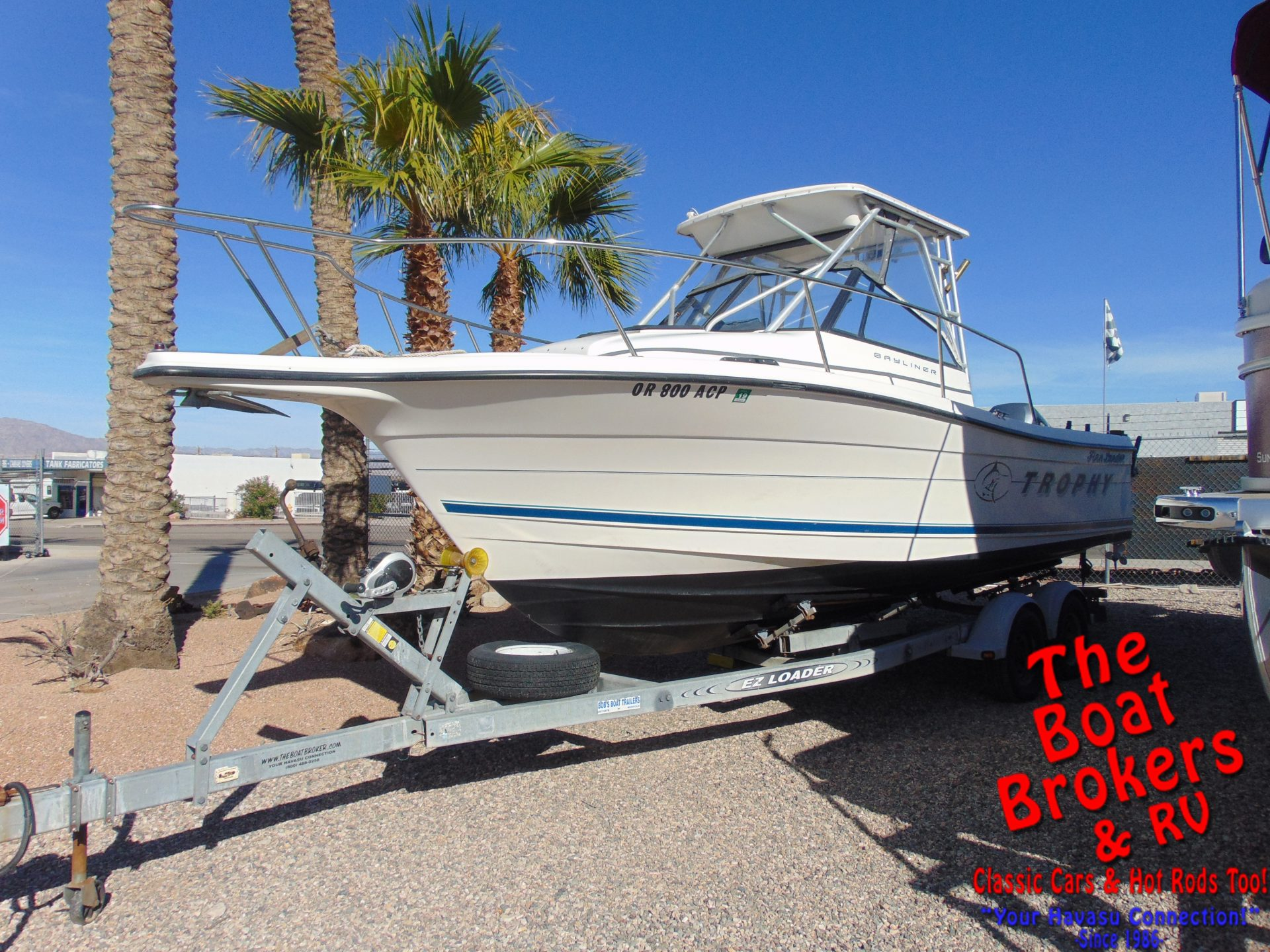Bayliner 2509 Trophy Walkaround