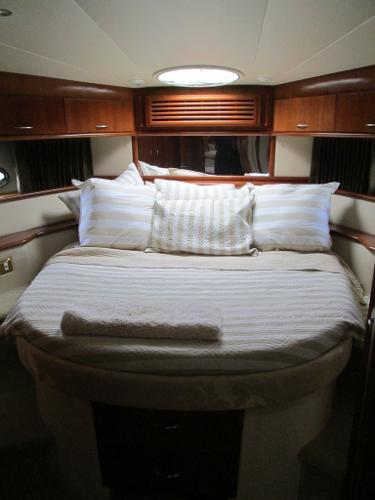 Forward Cabin with Queen Berth-2