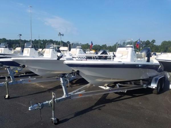 NauticStar 215 SHALLOW BAY STD