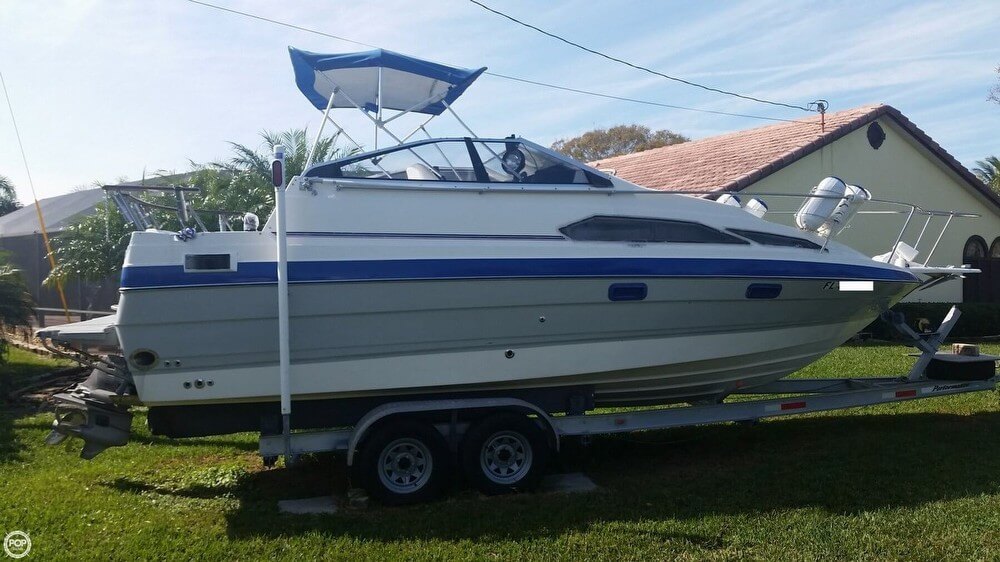 Bayliner 2455 Ciera Sunbridge 1989 Bayliner 2455 Cierra Sunbridge for sale in Port Saint Lucie, FL