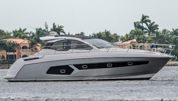 Azimut AT 43