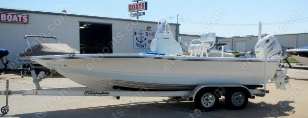 Epic 22 SC Center Console Bay Boat