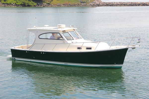 Mainship 30-II Pilot Sedan Mainship 30 Pilot Sedan