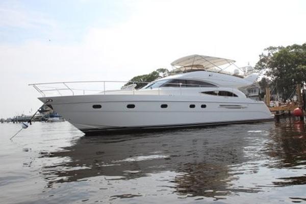 Princess 61 Flybridge Port Side Bow