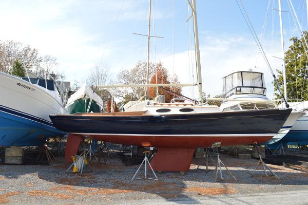 Alerion 28 Alerion 28 - Starboard Side