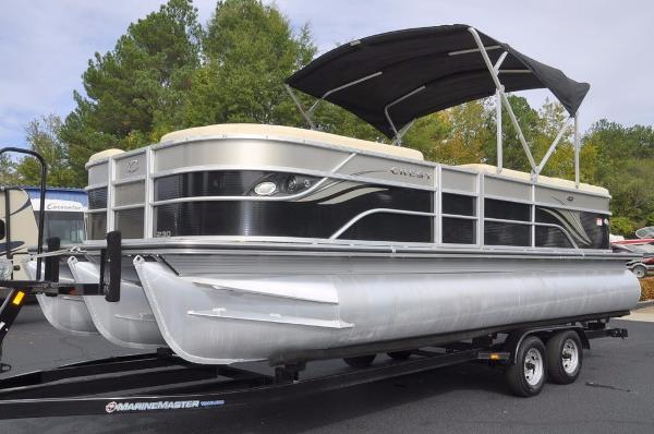 Crest Pontoon Boats 230 Tri-Toon